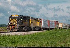 RailPictures.Net Photo: WLE 5391 Wheeling & Lake Erie EMD SD40T-2 at Bellevue, Ohio by Steve Raith