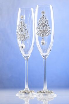 Clear Wedding Glasses With Cristals and Iron