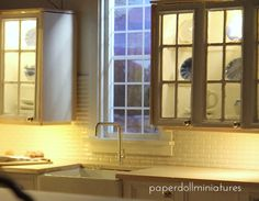 Paper Doll Miniatures: Step By Step Upper Kitchen Cabinets Dollhouse Design, Modern Dollhouse, Diy Dollhouse, Miniture Dollhouse, Dollhouse Miniatures, Upper Cabinets, Kitchen Cabinets, Kitchen Island, Doll Furniture