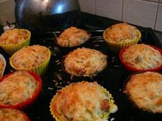 """Mňam, to je jak bramborák ve formičce, ne? Quick Meals, No Cook Meals, Eastern European Recipes, Muffins, Czech Recipes, No Salt Recipes, What To Cook, Food 52, Vegetarian Recipes"