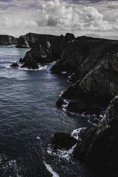Cliff Hanger by Owen Clark.