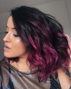 Cabelo colorido Roxo Escuro, Cabelo degradê, Cabelo magenta, cabelo rosa, pink hair, purple hair  - Veja as fotos e vídeos do Instagram de Naetê Andreo (@naandreo)