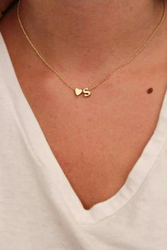 Dainty Lowercase Initial Necklace Initial and Heart Necklace (initial of bf would be a cute gift for her) Dainty Jewelry, Cute Jewelry, Gold Jewelry, Jewelry Accessories, Jewelry Necklaces, Jewelry Design, Heart Necklaces, Prom Jewelry, Gold Bracelets