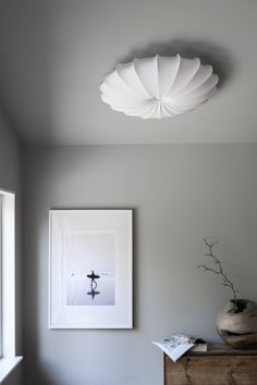 Anna 80 cotton jersey - a stylish ceiling lamp! Place Anna in a room where there is no space for pendant lamps. Anna is made out of white cotton jersey fabric that spreads an excellent general light. Use with 4 light sources. 1000 Sq Ft House, Ceiling Lamp, Ceiling Lights, Black And White Tiles, Wood Vanity, Modern House Plans, Lounge, White Light, Chandelier Lighting