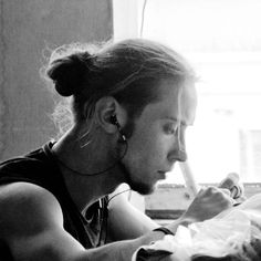 I love a good man bun <3
