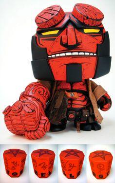 Hellboy 7 Munny omar_d Vinyl Toys, Vinyl Art, Vinyl Figures, Action Figures, Bear Character, Character Design, Chibi Characters, Human Art, Designer Toys