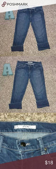Joe's Denim Capris Joe's Denim Capris. Size 27. Inseam 21. The style is called Socialite Kicker Joe's Jeans Jeans Ankle & Cropped