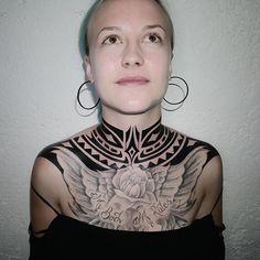 A different angle from this neck. I did it some time ago @woodpecker_inksbruck  #freehand #freehandtattoo #black #blackwork #blackink #blacklines #blacktattoo #polynesiantattoo #freehandpolynesiantattoo #dildotattoostudio #tribal #tatau ##tribaltataucollective #armtattoo #alexthejem #athenstattoo #tattooart #tattooink #tattoolife #tattooworkers #tattooideas #maoritattoo #girltattoo #necktattoo  #tttism #blkttt #blacktattoo #woodpeckerinksbruck