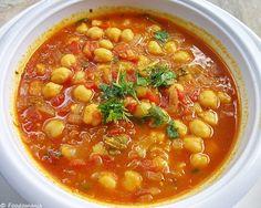 Exotic vegan Moroccan Chickpea Soup #soups #vegan #protein