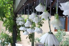 17 - hanging flowers 2 | styling styleanddiscourse.com