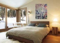 Maleri på veggen 2 Modern Wooden Bed, Rustic Wooden Bed, Wooden Bedroom, Wooden Bed Frames, Rustic Bedrooms, Rustic Modern, White Bedrooms, Modern Bedrooms, Scandinavian Bedroom Decor