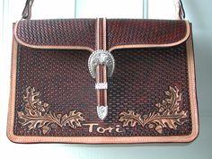 Tori_s_briefcase_front_.JPG 2,048×1,536 pixels
