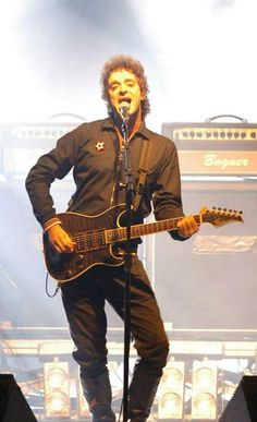 Gustavo Cerati Soda Stereo, Zeta Bosio, Perfect Love, My Love, Pose, My Music, Rock And Roll, Musicals, Singers