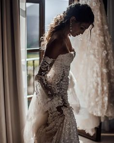 Wedding Gown Taking in those precious moments before Lace Wedding Dress, Dream Wedding Dresses, Bridal Dresses, Wedding Gowns, Before Wedding, Dream Dress, Perfect Wedding, Summer Wedding, Beautiful Dresses