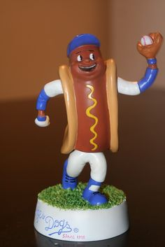 Dodger Dog bobblehead Let's Go Dodgers, Dodgers Girl, Dodgers Baseball, Hockey Rules, Dodger Blue, Go Blue, Los Angeles Dodgers, Bobble Head, Hot Dogs