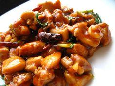 General Tso's Chicken - Din secretele bucătăriei chinezești Tso Chicken, General Tso, Deserts, Ethnic Recipes, Sweet, Food, Home, Candy, Essen