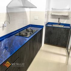 Metallic Epoxy Countertop Design: Silver marble veins with black highlights on Deep blue base Resurface Countertops, Epoxy Countertop, Black Highlights, Corner Bathtub, Deep Blue, Marble, Metallic, Design Ideas, Base