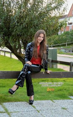 Ricci Tauscher in vinyl jacket and pants Black Faux Leather Jacket, Faux Leather Jackets, Vinyl Clothing, Hot Brunette, Models, Super Skinny, Pretty Outfits, Womens Fashion, How To Wear