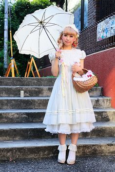Lovely Country Lolita style