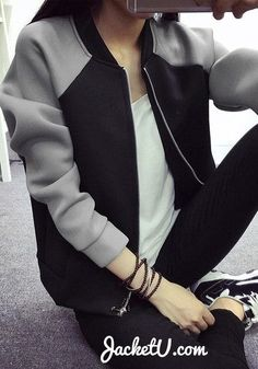 spring and fall coat :: sporty :: statement grey black raglan sleeves bomber jacket casual street style clothing ideas Casual Outfits, Cute Outfits, Fashion Outfits, Womens Fashion, Jackett, Casual Chic, Autumn Winter Fashion, Parka, Style Me