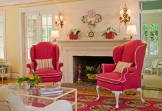 This beautiful summer house in Rhode Island uses bright yellow, pink with splashes of green to create a refreshing atmosphere. The traditional home design ...