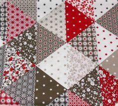 Belle Grande Blanc fethers sur tissu gris 100/% coton largeur 160 cm