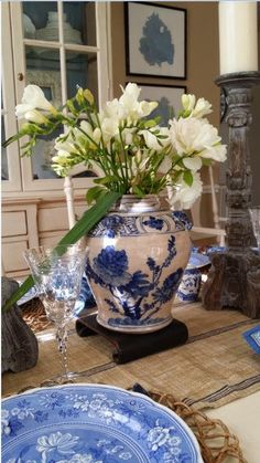 TG interiors: Blue and White Tablescape...The blue and white urn is a new addition.  Where would you get  one?