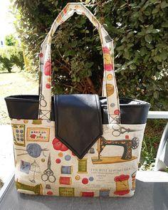 """Lylie sur Instagram: J'avais envie d'un nouveau sac pour cet été avec un tissus motifs """"couture"""" qui me ressemble bien 🙂 Réalisé en coton et simili cuir, j'ai…"""