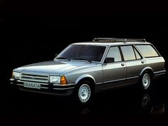 Ford Granada Turnier (1981 – 1985). Ford Granada, Town And Country Car, Vintage Cars, Antique Cars, Car Brochure, Shooting Brake, Ford Classic Cars, Station Wagon, Motor Car