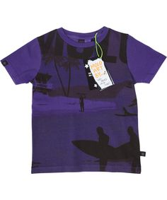 Molo cool purple t-shirt for surfer dudes. molo.en.emilea.be