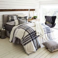 Ugg Tarni Fur Reversible Twin Duvet Cover Set In Charcoal/white - hgt home ideas - Bedding Master Bedroom Comforter Sets, Cozy Bed, Plaid Bedding, Bedroom Design, Plaid Bedroom, Bedroom Furniture, Bedding Master Bedroom, Comfortable Bedroom, Luxury Bedding