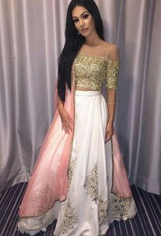 Pinterest: @namchaz 🇳🇵 Indian Gowns, Indian Attire, Indian Ethnic Wear, Indian Wedding Outfits, Pakistani Outfits, Saris, Look Short, Lehenga Designs, Indian Designer Outfits