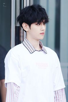 i swear my pinterest dash is a baek stan but what A FACE RIGHT THERE BABY (also hair bluh and that dorky shirt??!!)