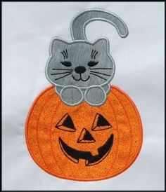 INSTANT DOWNLOAD Pumpkin Cat Applique by DBembroideryDesigns, $3.99