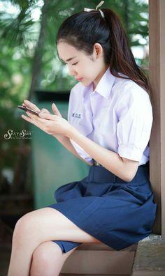 69 Super Ideas for fashion photography teen faces School Girl Japan, School Girl Outfit, Cute Asian Girls, Cute Girls, University Girl, Maid Cosplay, Cute Girl Pic, Girls Uniforms, Poker Online
