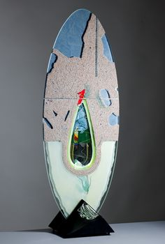 The glass art gallery was founded in 1988 and from the beginning solely specialized in Czech contemporary fine art glass sculpture. Glass Etching, Fine Art Gallery, Czech Glass, Surfboard, Glass Art, Sculptures, Objects, Contemporary, Deco
