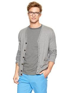 Cotton Cashmere Cardigan. Win Gap discount Gift Cards on http://www.cityhits.com and use them towards a cashmere cardigan like this one. #mens #fashion #fall2013