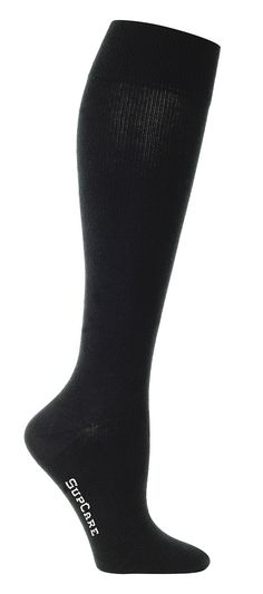 Chaussettes de contention noire Socks, Compression Stockings, Exercise, Black People, Ankle Socks, Sock, Stockings, Hosiery