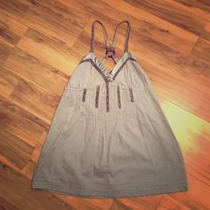 Kimchi Blue Urban Outfitters UO Blue Tye Tank Top Cute blue and grey Kimchi Blue tank top from Urban Outfitters. Awesome Tye design that makes the top adjustable and flattering. Size small in mint condition Urban Outfitters Tops Tank Tops