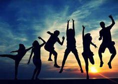 Ame como se não houvesse amanhã, se houver um amanhã, ame novamente.
