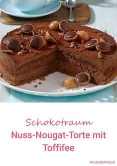 Diese Nuss-Nougat-Torte mit Toffifee ist ein Traum für alle Leckermäulchen.