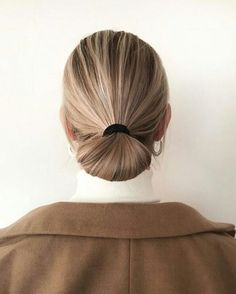 Fashion Gone rouge Messy Hairstyles, Straight Hairstyles, Bun Hairstyle, Celebrity Hairstyles, Wedding Hairstyles, Fashion Gone Rouge, Good Hair Day, About Hair, Hair Dos