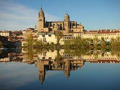 Salamanca, Kastilya Leon özerk topluluğu içinde bir şehir. Aynı adı taşıyan ilin başkentidir. Şehirin tarihi eski bölgesi 1988 yılında UNESCO tarafından Dünya Mirası listesinde kabul edilmiştir. #Maximiles #Avrupa #Europe #tarih #tarihi #world #dünya #historic #history #turizm #tourism #historical #tarihiyerler #tarihmerkezleri #culture #kültür #farklıkültürler #seyahat #travel #gezi #doğal #doğa #doğamanzaraları #nature #greenlife #Salamanca