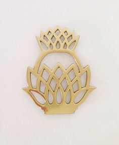 Vintage brass trivet, Anthology House on etsy, vintage brass accessory, brass pineapple trivet