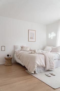 monochromatic bedroom with neon light - Apartamento - Room Makeover, Interior Design, Home, Room, Interior, House Rooms, Bedroom Design, Home Bedroom, Room Inspiration