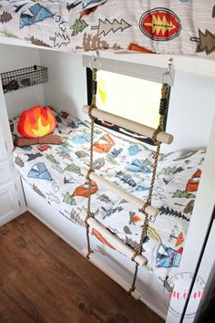 our recent RV makeover included adding this DIY RV bunk ladder that is unobtrusive and removable so the kids can get in and out of bed easily without taking Bunkhouse Camper, Camper Bunk Beds, Kids Bunk Beds, Camper Storage, Diy Camper, Camper Hacks, Camper Life, Rv Life, Camper Van