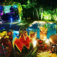 Hawaii Party by Katya Francisco JARDINS DO FUTURO HOJE.......CASAS DO FUTURO HOJE. #arquiteto #arquitetura #arquiteturadapaisagem #casainteligente #arquitetopaisagista #espacodelazer #casadofuturo #contemporarygarden #bioarquitetura #ambienteexterno #arquiteturapaisagistica #jardim #katyafrancisco #landscapedesign #moderngarden #paisagismo #sustentabilidade #tecnologia #tendenciaarquitetura #projeto #iluminacaosolar #paisagista #casacor #giardino #paisagismokatyafrancisco #irrigacao…