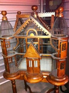 bird cage planter stand heavy metal and unique Pretty Birds, Beautiful Birds, Beautiful Homes, Antique Bird Cages, The Caged Bird Sings, Bird Houses, Doll Houses, Bird Feathers, Cool Designs