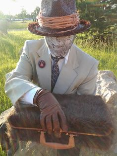 Welcome to Night Vale - what a neat cosplay of that man with the... the... who was he again....
