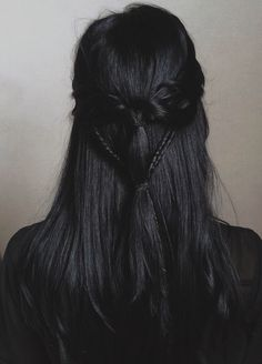 Braids in black hair